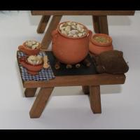 Mesa Caracoles con jarrón y cuenco